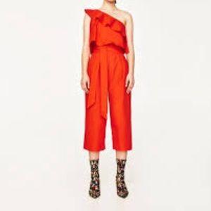 EUC one shoulder Zara Jumpsuit Size Small